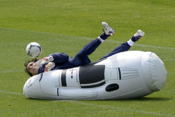Gianluigi Buffon de Italia durante los entrenamientos.