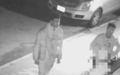La policía busca pandilla que asaltó a un joven en Queens