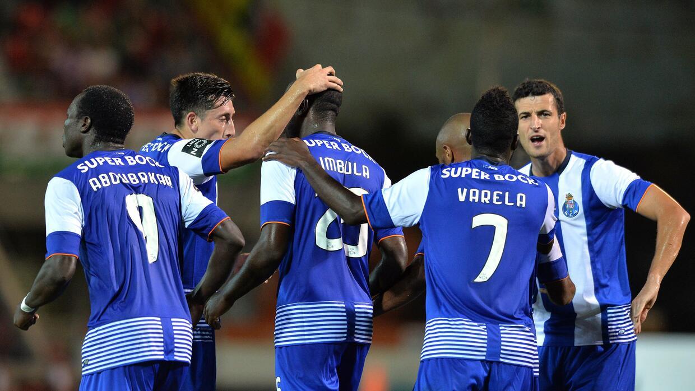 El Porto invita a los clubes europeos a donar ingresos a refugiados.