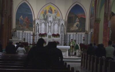 Arrestan a director del coro de una iglesia en Queens por cargos de abus...