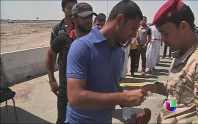 Irak recluta a cientos de jóvenes voluntarios en Bagdad