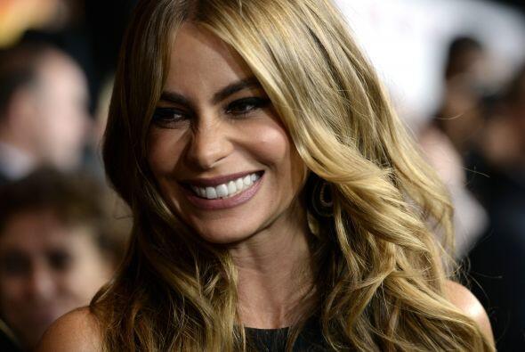 Sofía Vergara: Es una actriz y modelo colombiana. Ha sido nominada al Gl...
