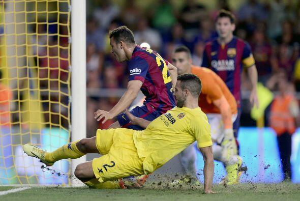 Y el juvenil Sandro apareció en el momento indicado para impactar el balón.