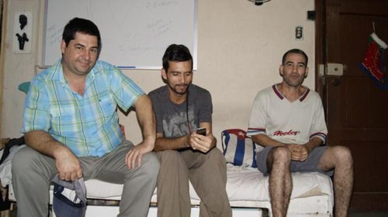 Se sumaron a la huelga de hambre David Águila,  Luis Manuel Fumero, Dani...