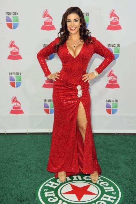 Mayra Veronica debería de ser castigada por un asesor de imagen, por abu...