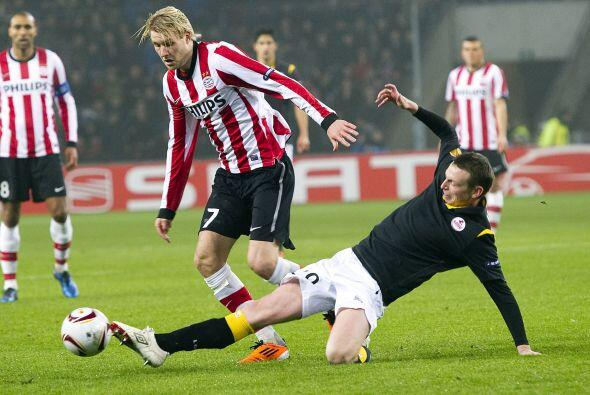 El PSV Eindhoven, que logró un empate 2-2 en la Ida, recibi&oacut...