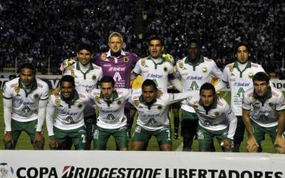 León saltó a la cancha de La Paz con Yarbrough en la portería; Márquez,...