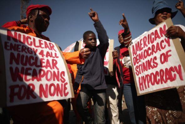 La marcha, organizada entre otros por el Partido Comunista de Sudáfrica...