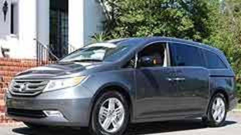Honda Odyssey 2011, redefiniendo el concepto de minivan. 486fea30151b4d4...