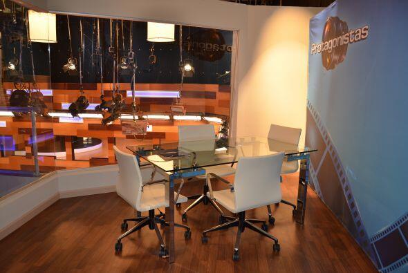 Esta es su oficina umm ¿dónde estará Ernesto?  será él el que nos cuente...