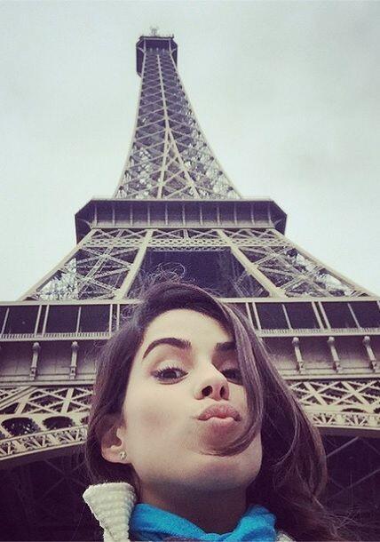 """""""¡Besos desde Francia!"""""""