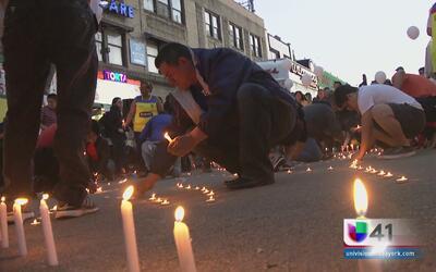 Ecuatorianos en Nueva York piden un día de duelo a Rafael Correa