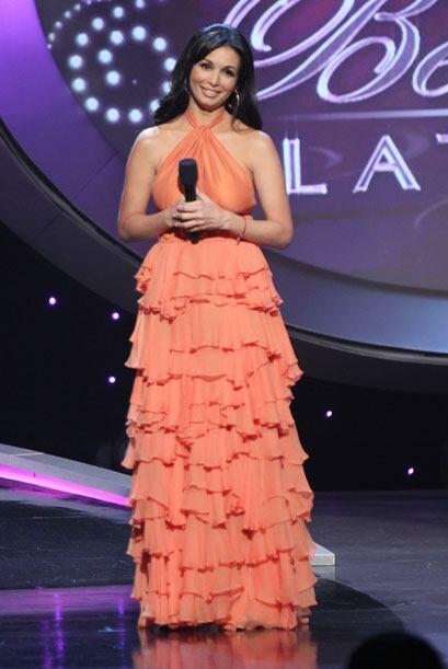 En la primera hora de la primera gala, la presentadora usó este modelo d...