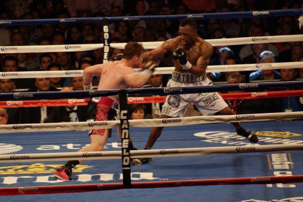 Sin embargo el mexicano acabó la vuelta con un sólido upper que avisaba...