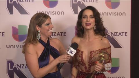 Los ganadores Susana González, Renata Notni y Diego Olivera, abrieron su...