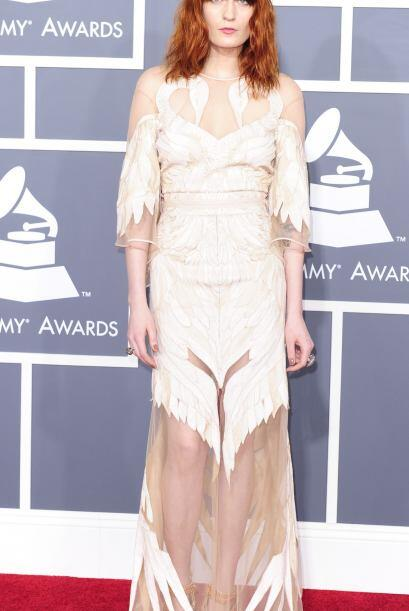 ¿Qué piensan del diseño de Florence Welch? Ojalá hubiera abierto los bra...