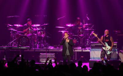 Los Fabulosos Cadillacs en concierto en Los Angeles