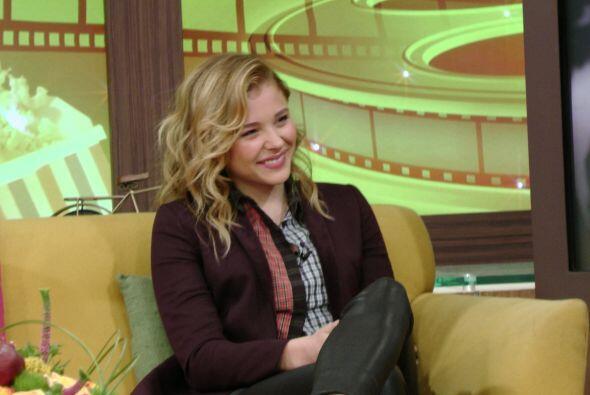 También habló sobre trabajar con Julianne Moore. Chloë quedó fascinada d...