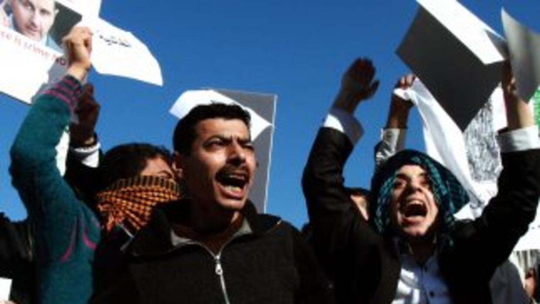 Siria es escenario de una revuelta popular desde marzo de 2011, reprimid...