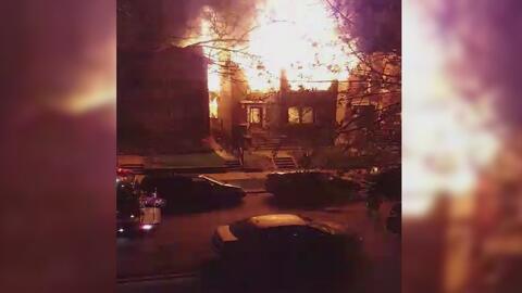 Cinco familias latinas quedaron sin techo tras un incendio en Albany Park