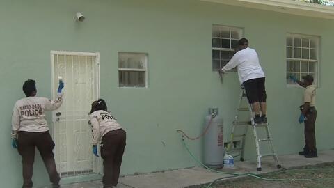 La policía de Miami Dade hace el sueño de una señora de 71 años realidad