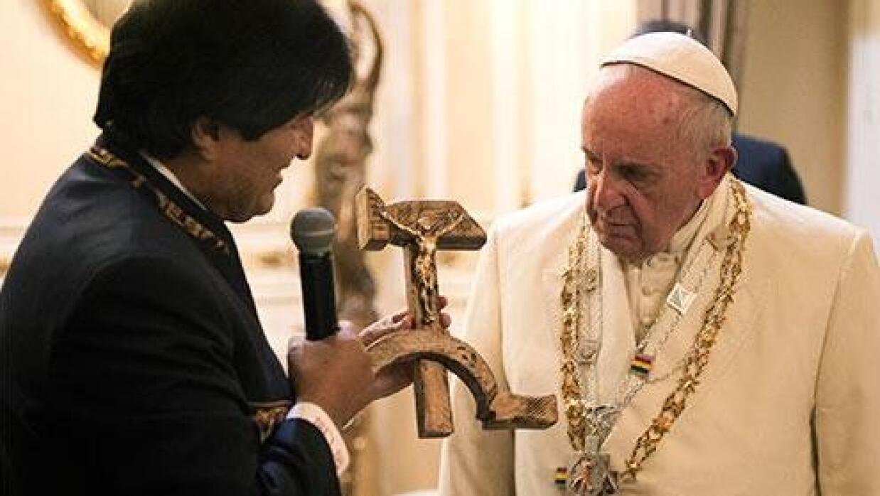 Entrega de crucifijo