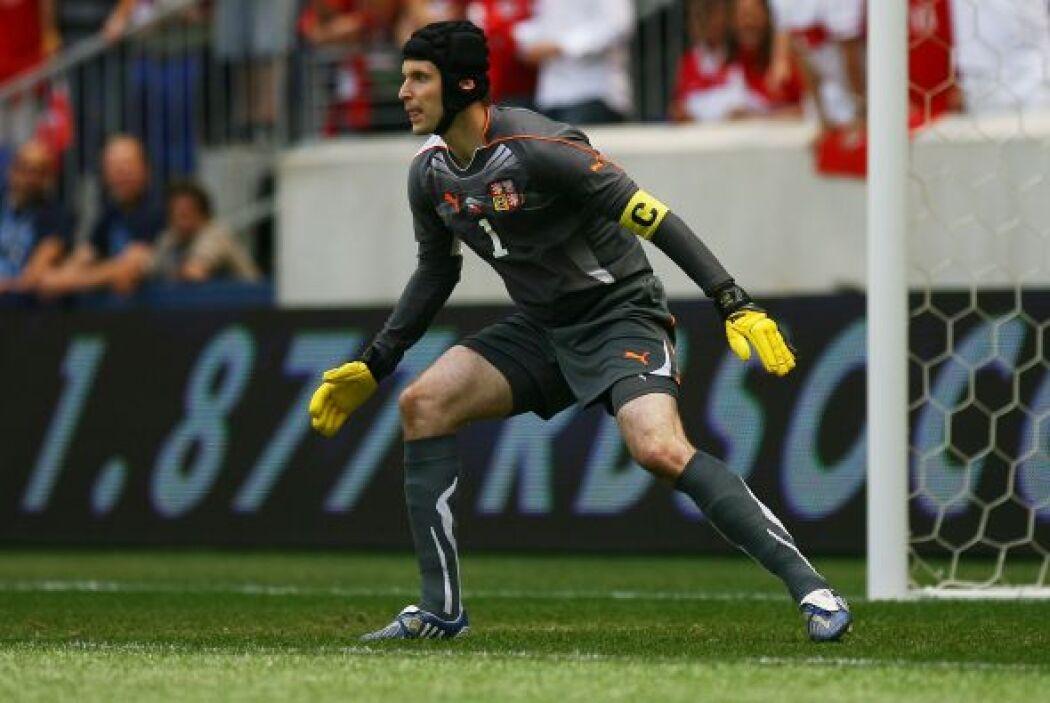 El checo Petr Cech defendió el arco del Chelsea en dos oportunidades.