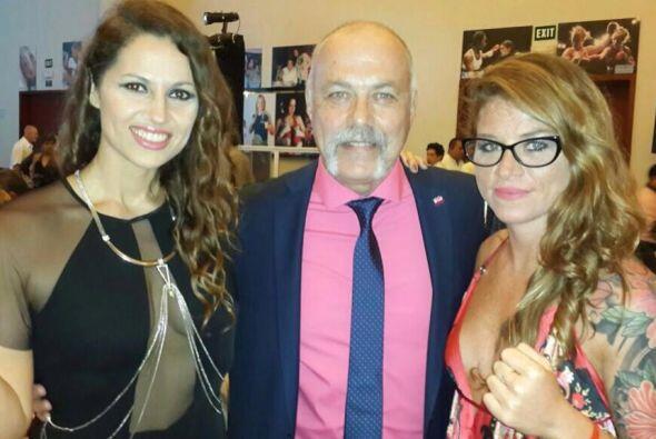 Dos bellas del boxeo, Silvana Carsetti y Carolina Duer, (Foto Twitter)