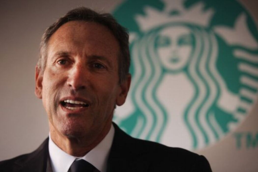 HOWARD SCHULTZ. Hoy en día es el presidente ejecutivo general de Starbuc...
