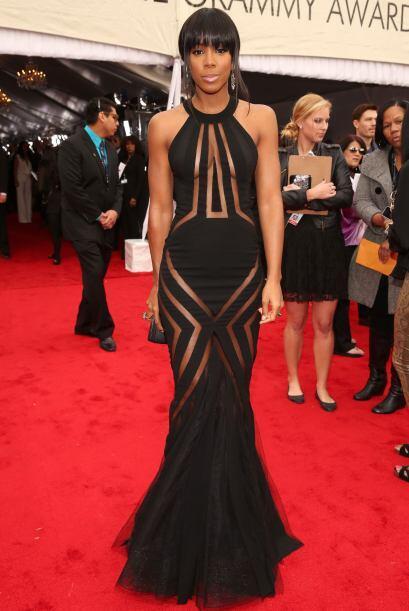 Por suerte el vestido de Kelly Rowland estaba diseñado para tapar...