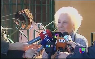 Emotivo encuentro entre abuela y nieto revivió un drama de la sociedad A...