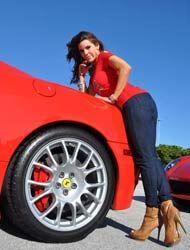 Greydis Gil y su Ferrari