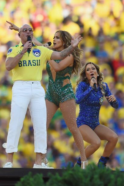 Pitbull decidió usar una playera con el nombre del país an...