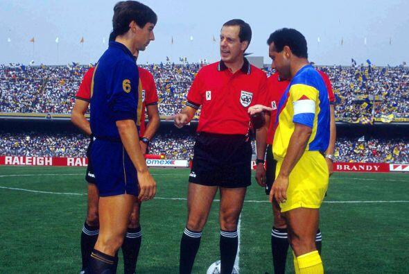 Ortega mostró versatilidad y talento en el medio campo, incluso e...
