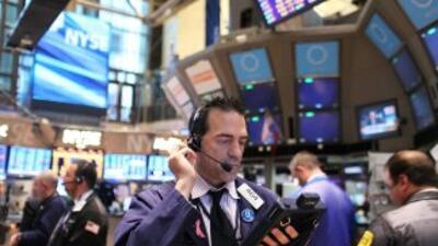 Wall Street también fue afectado por la incertidumbre en Europa.