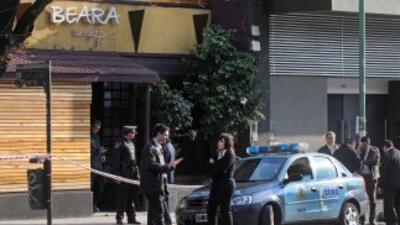 Dos mujeres murieron y otras 19 personas resultaron heridas al derrumbar...