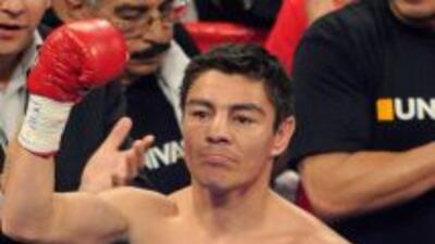 El mexicano reconoció que le cuesta dar el peso gallo, por eso cree que...