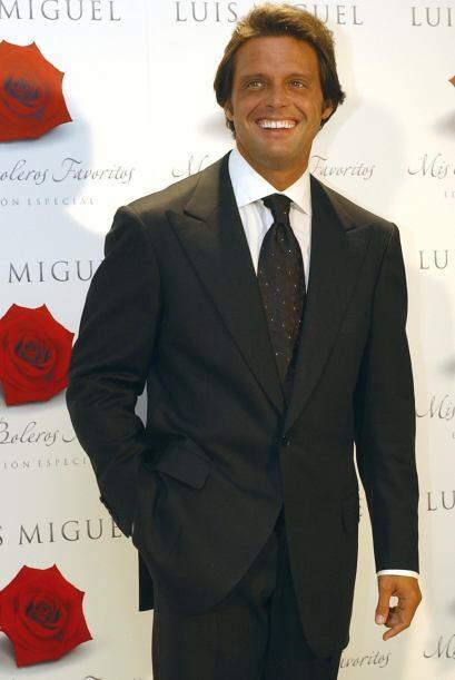 Luis Miguel se cansó de las burlas por tener unos dientes feos y...