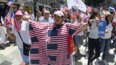 De ser aprobada por el Congreso, la reforma migratoria permitiría que 11...