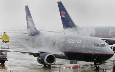 Los aeropuertos de O'Hare y Midway fueron los más afectados.