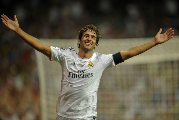Raúl volvía a festejar con su particular estilo ante la af...