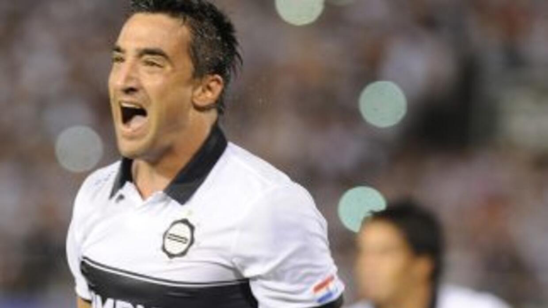Olimpia goleó 4-1 a Newell´s Old Boys que clasificó de forma angustiante...