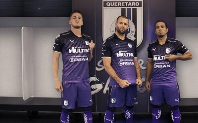 El once ideal de la jornada 1 queretaro-2017-third-kit (2).jpg
