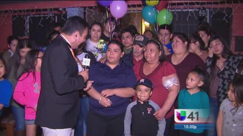 'Dreamer' de San Antonio recupera su libertad tras permanecer 20 días de...