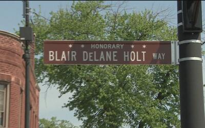 Rinden tributo a Blair Holt, el joven que murió protegiendo a una amiga...