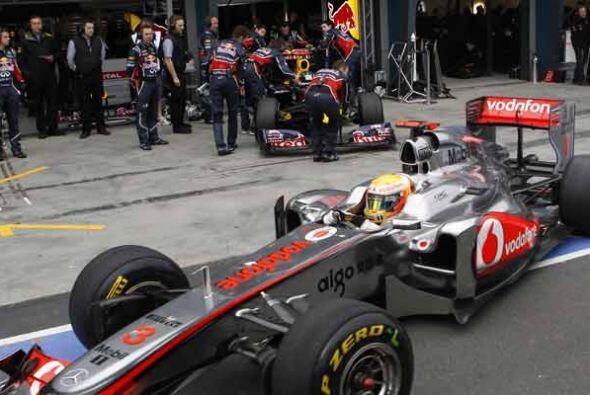 Hamilton punteó la carrera durante algunas vueltas, pero al final...