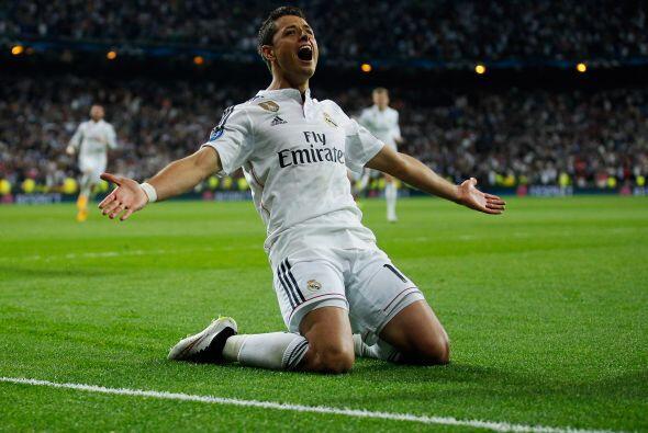 Hoy, 'El Chicharito' es el delantero internacional de Real Madrid, y su...
