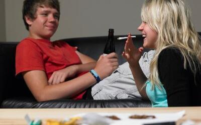 ¡Cuidado padres con lo que experimentan sus hijos en casa para drogarse!