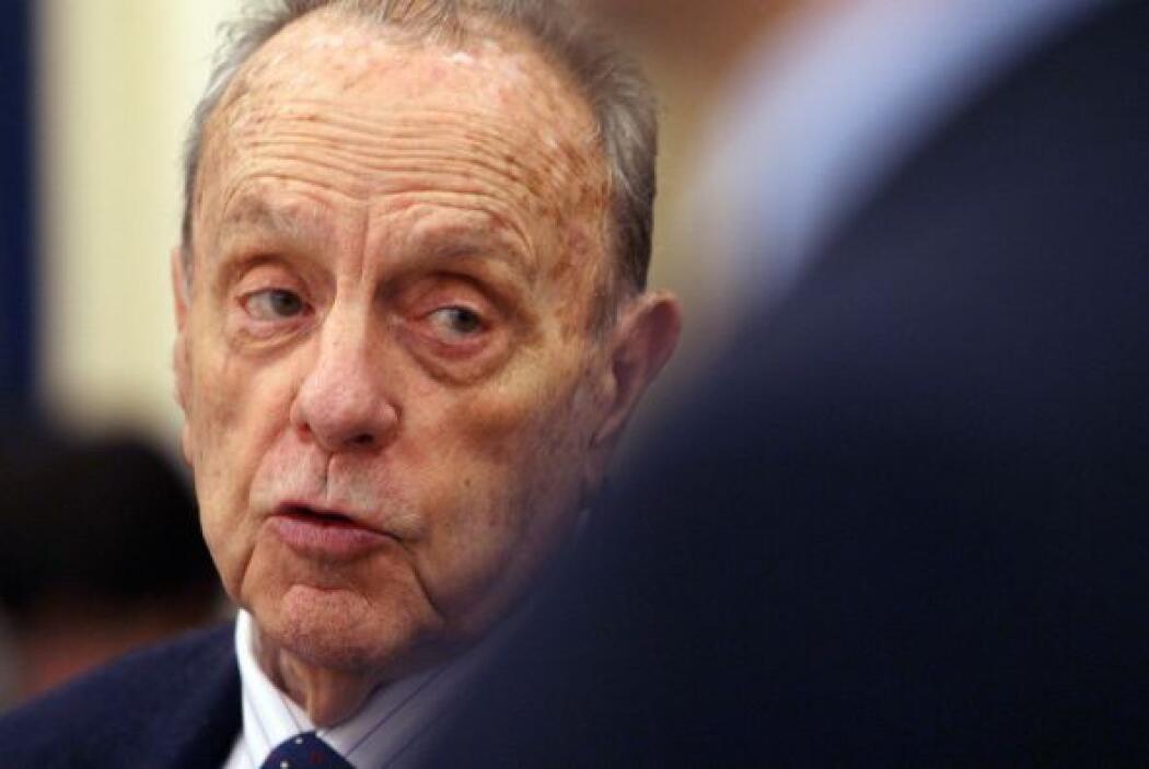 15 de enero. Manuel Fraga, 89 años. Destacada figura franquista en España.
