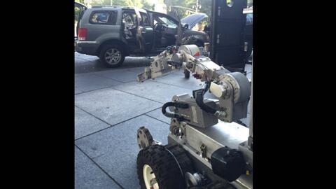 Robot utilizado para examinar la camioneta de Héctor Meneses.
